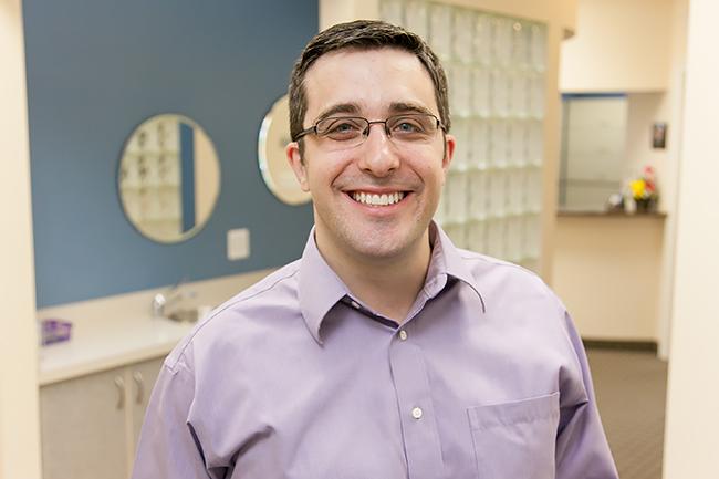 Dr Sam Meyrowitz